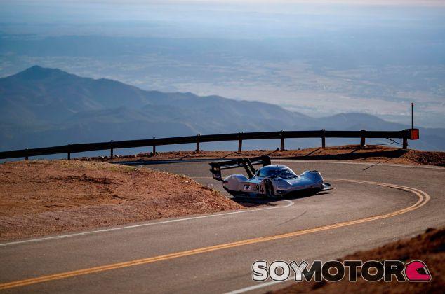 Volkswagen quiere 'electrificar' Pikes Peak - SoyMotor.com