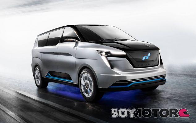 La Iconiq Seven tiene capacidad para siete pasajeros, tal y como indica su nombre - SoyMotor