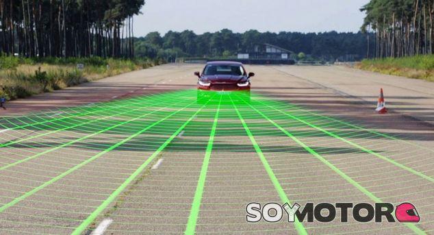 Todos los fabricantes trabajan en tecnologías para evitar los accidentes frontales - SoyMotor