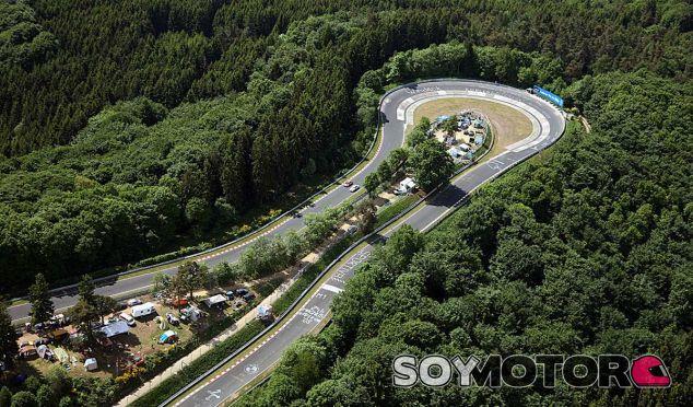 El Carrusel es una de las curvas mas carismáticas del 'Infierno Verde' - SoyMotor