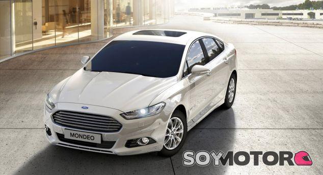 El Ford Mondeo Hybrid se construye en España - SoyMotor