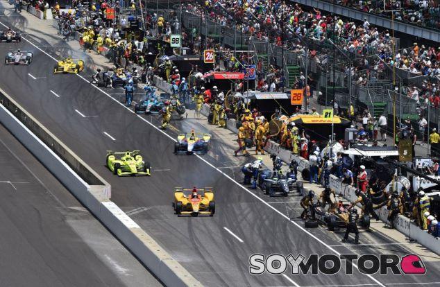 Imagen de la carrera de una carrera de la IndyCar - SoyMotor