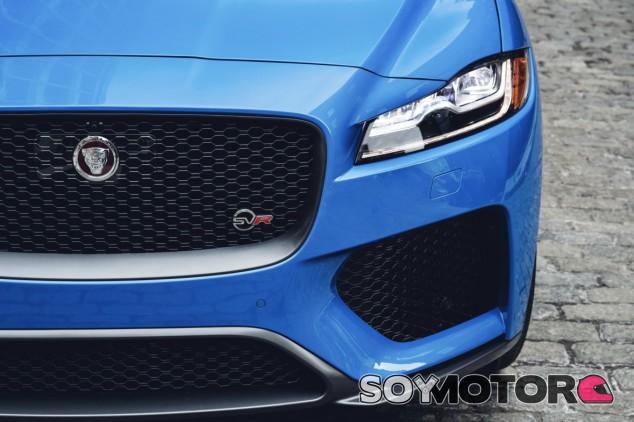 Jaguar F-Pace SVR - SoyMotor.com