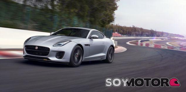 Jaguar F-Type 400 Sport - SoyMotor.com