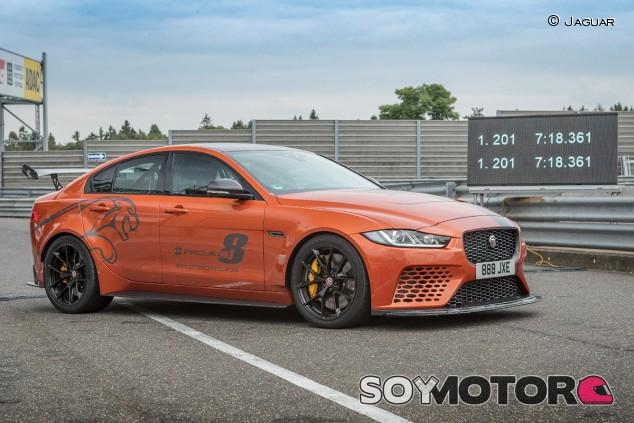 El Jaguar XE SV Project 8 bate su propio récord en Nürburgring - SoyMotor.com