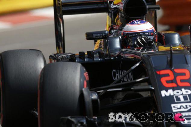 Button deja claro que quiere quedarse en McLaren - LaF1