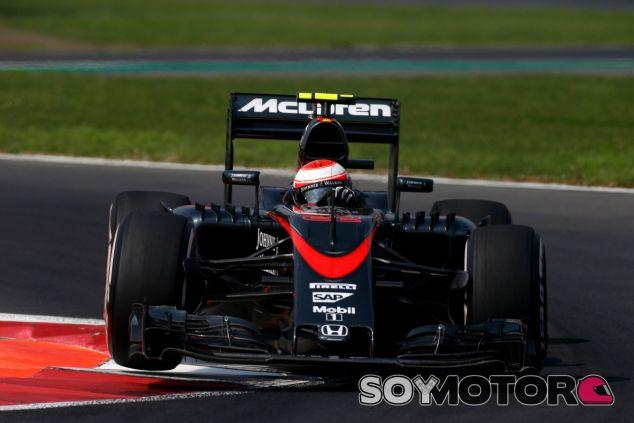 Button mantiene la prudencia para la temporada 2016 - LaF1