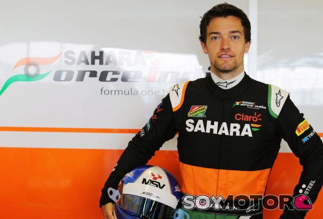 Jolyon Palmer durante los test de Abu Dabi con Force India - LaF1.es