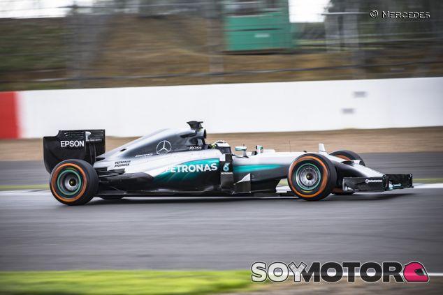 Jorge Lorenzo con el W05 de Mercedes en Silverstone - LaF1