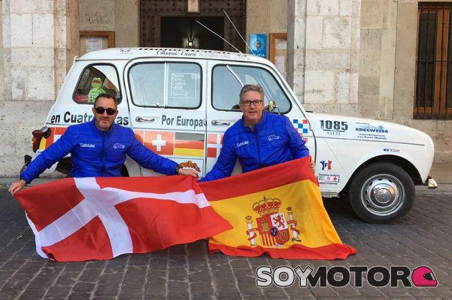 Dos hombres, un Renault 4 y un destino: cruzar Europa