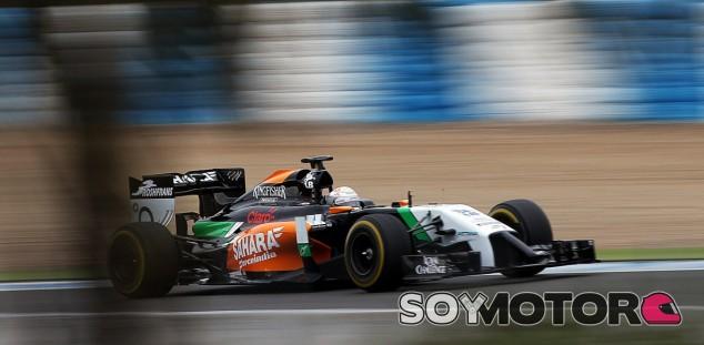 Force India sólo contará con sus pilotos titulares para Baréin