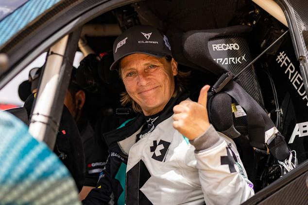 Jutta Kleinschmidt sustituirá a Claudia Hürtgen en Abt Cupra en la Extreme E - SoyMotor.com