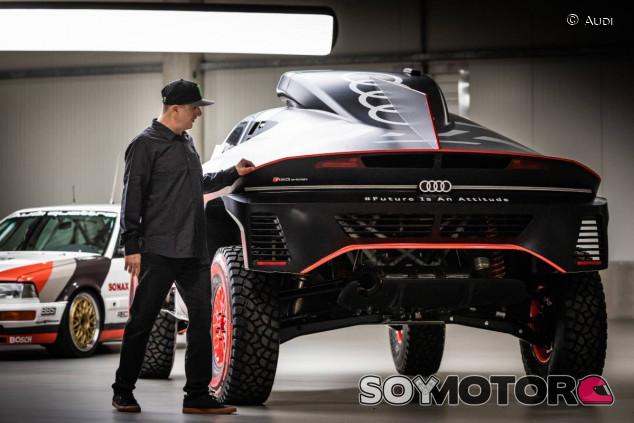 Ken Block, con el Audi RS e-tron Q del Rally Dakar - SoyMotor.com