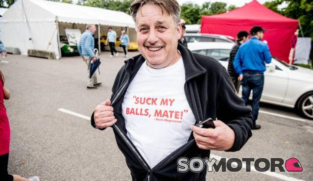La famosa frase, plasmada en camiseta (Foto: Anthon Unger) - SoyMotor
