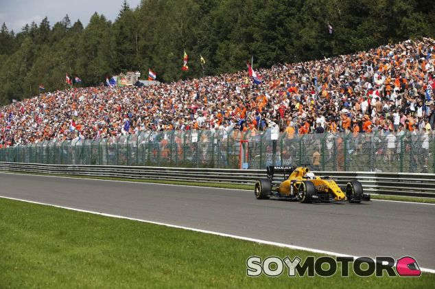 Kevin Magnussen en Spa - LaF1