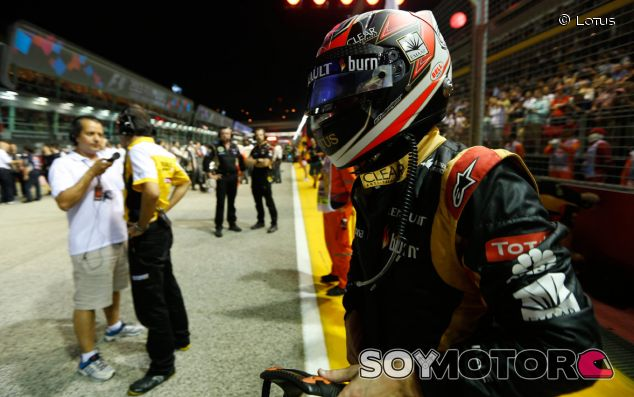 Kimi Räikkönen en la parrilla de salida del GP de Singapur - LaF1