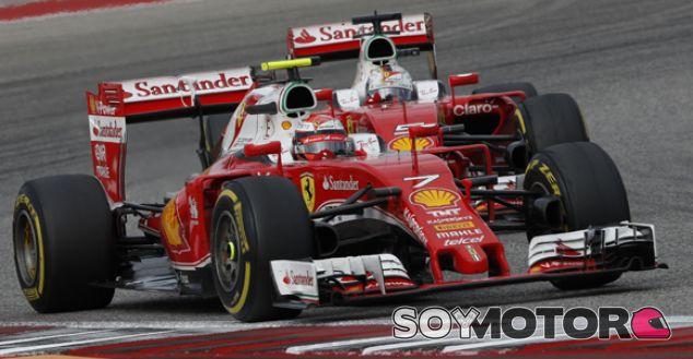 Kïmi Räikkönen y Sebastian Vettel en el GP de Estados Unidos 2016 - SoyMotor.com