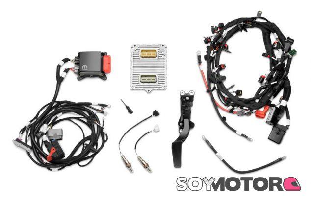 FCA Mopar HEMI Kit - SoyMotor.com