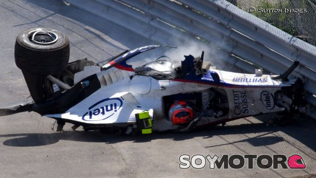 Robert Kubica sufrió un aparatoso accidente en el GP de Canadá 2007