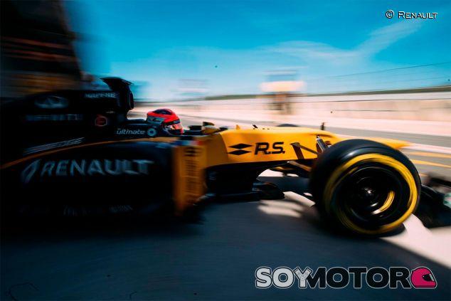 Robert Kubica en su test en Valencia - SoyMotor