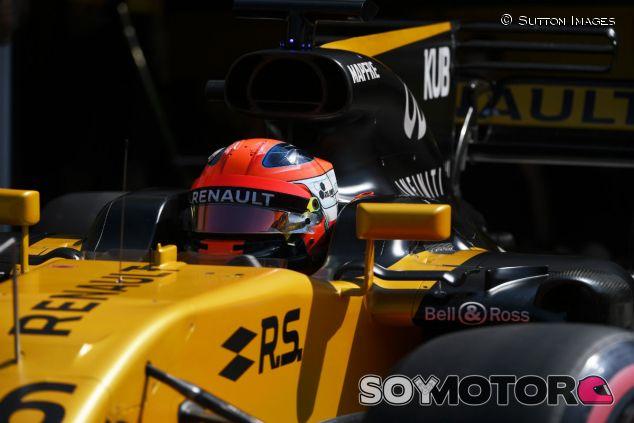 Kubica, durante su test con Renault en Hungría - SoyMotor