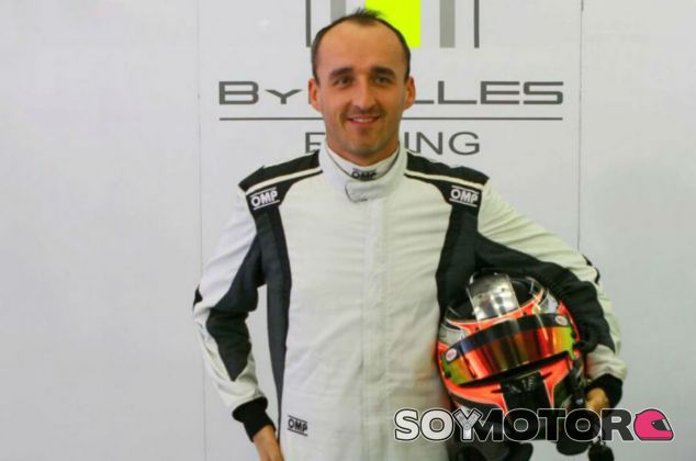 Kubica prueba un Fórmula E en Donington Park - SoyMotor