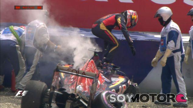 Daniil Kvyat tras su accidente en la clasificación de Austria - LaF1