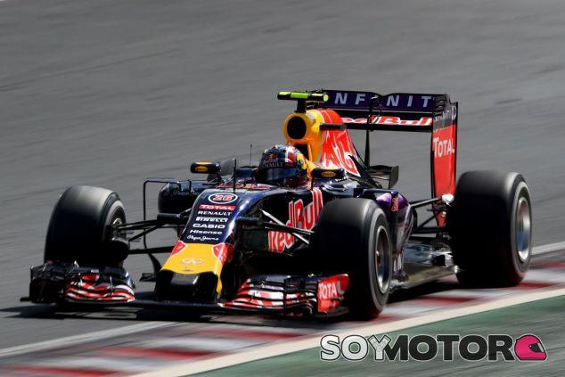Kvyat llega a Spa tras conseguir el primer podio de su vida en la F1 en Hungría - LaF1