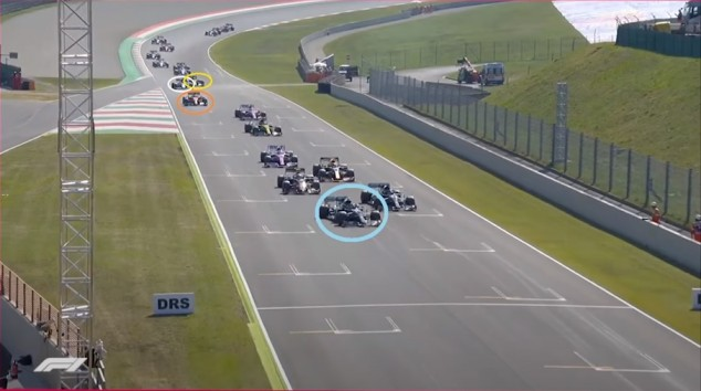Así fue el accidente en cadena en la resalida del GP de la Toscana F1 2020 - SoyMotor.com