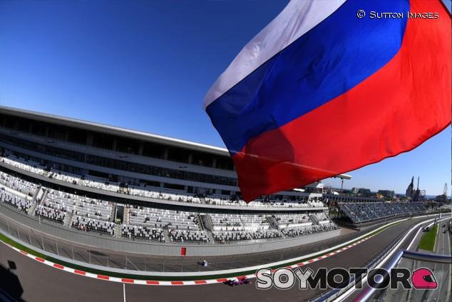 Kvyat y el GP de Rusia no corren peligro por el escándalo de dopaje - SoyMotor.com