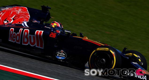 Daniil Kvyat en Barcelona - laF1
