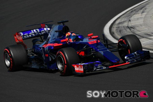Kvyat durante el GP de Hungría - SoyMotor.com