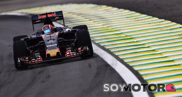 Kvyat, durante la calificación del GP de Brasil - LaF1