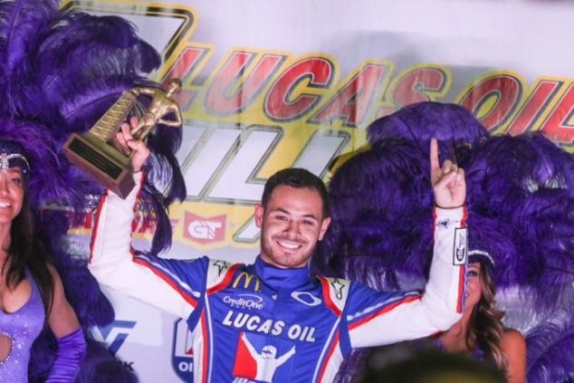 Kyle Larson por fin gana la Chili Bowl - SoyMotor.com