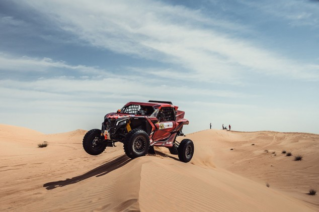 Laia Sanz cumple su objetivo en la Baja Dubái: adquirir experiencia - SoyMotor.com
