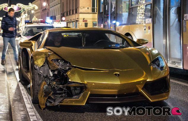 Lamborghini Aventador accidentado - SoyMotor.com