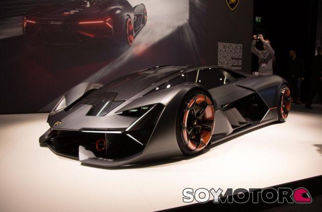 Lamborghini no descarta construir algo muy radical para competir con el McLaren Senna - SoyMotor.com
