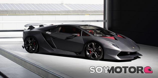 Una de las veinte unidades del Lamborghini Sesto Elemento - SoyMotor
