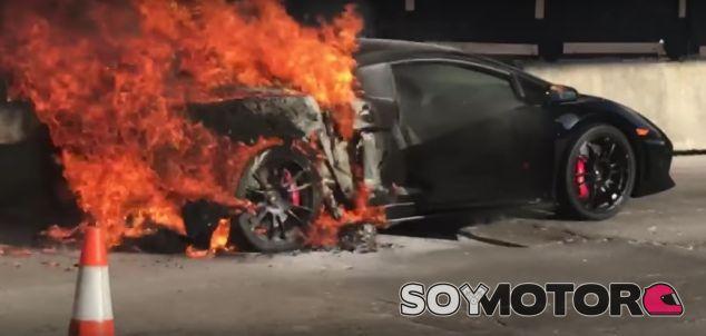 Otro Lamborghini pasto de las llamas - SoyMotor.com