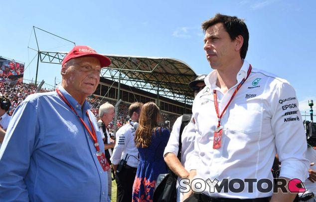 Niki Lauda y Toto Wolff - SoyMotor.com