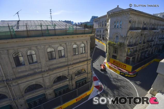 Leclerc perdió 6 segundos debido al VSC en Bakú - SoyMotor.com