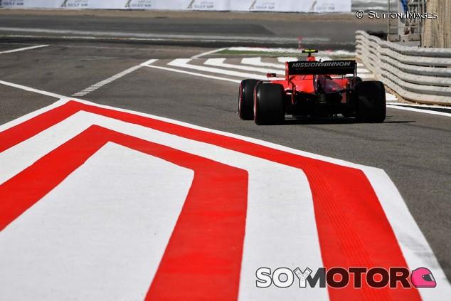 Charles Leclerc en los Libres 1 del GP de Baréin F1 2019 - SoyMotor