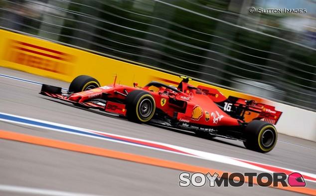 Charles Leclerc en el GP de Rusia F1 2019 - SoyMotor.com
