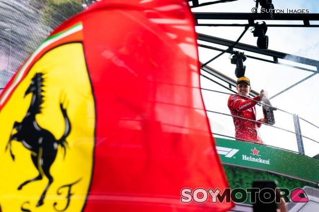"Todt compara a Leclerc con Schumacher: ""Es el futuro de Ferrari y la F1"" - SoyMotor.com"
