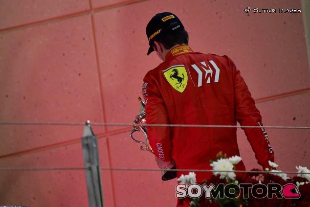 """Ferrari niega que Leclerc tuviera problemas de MGU-H: """"Fue un cilindro"""" - SoyMotor.com"""