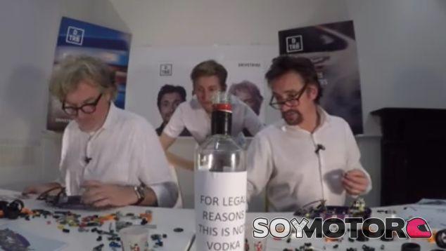 La última locura de Hammond y May: trivial, Lego y ...¡vodka! - SoyMotor.com