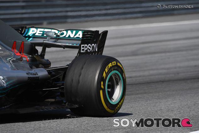Blistering en el neumático del W09 de Lewis Hamilton - SoyMotor.com