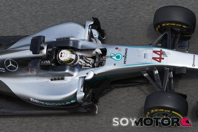 Hamilton no está contento con el balance del coche - LaF1