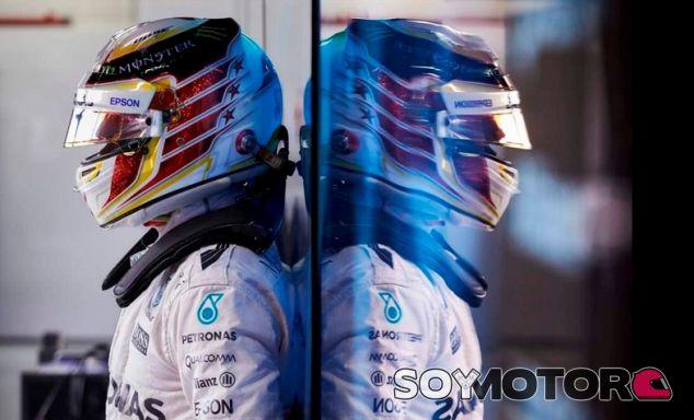 Hamilton no tiene ninguna duda sobre el compromiso de su equipo - LaF1