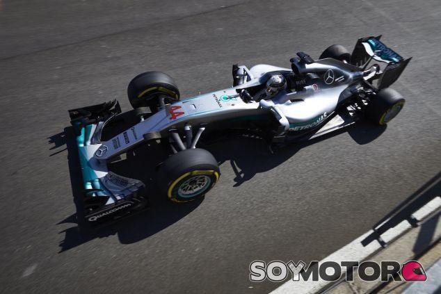 Lewis Hamilton con su W07 en Spa - LaF1